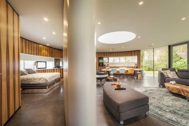 123dv_360_villa11_living_room_bedroom.jpg