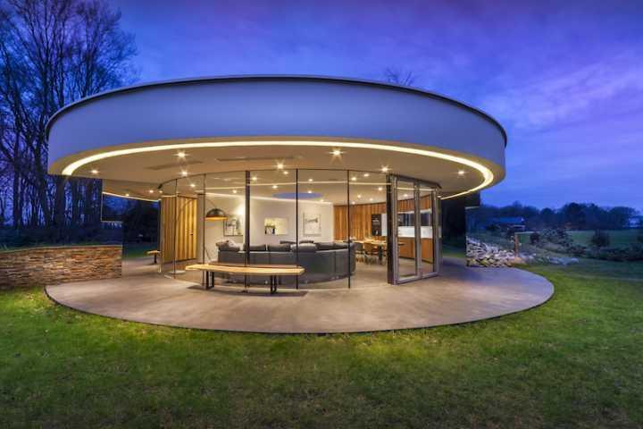 123dv_360_villa6_exterior_terrace_evening.jpg